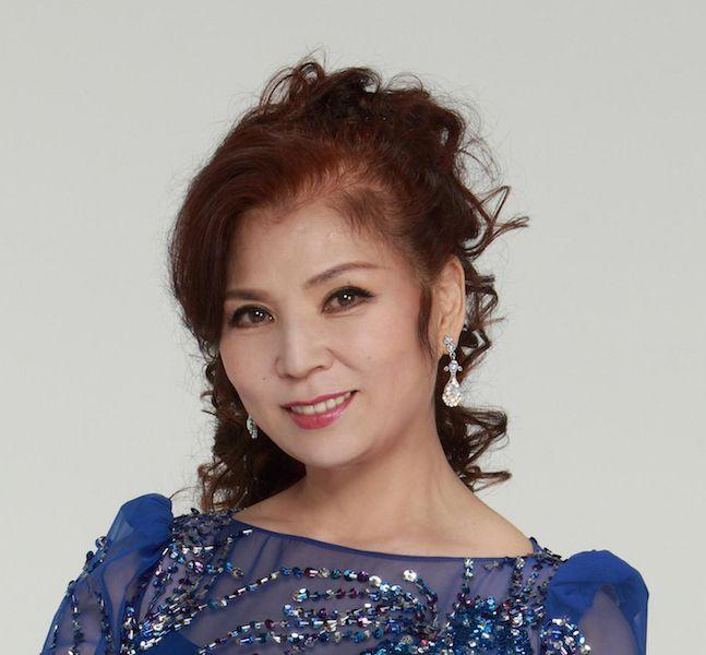 8月29日は八代亜紀(演歌歌手、女優、タレント、画家)の誕生日(1950年 ...