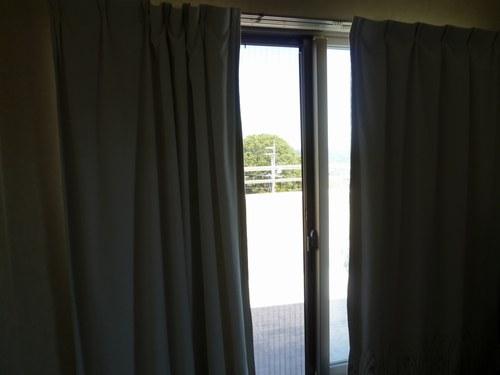5カーテン洗い 干し1500.jpg