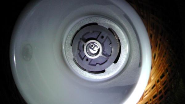 照明のシェード 電球の口金はE17
