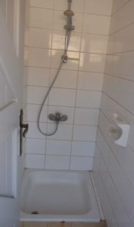 共有のシャワー
