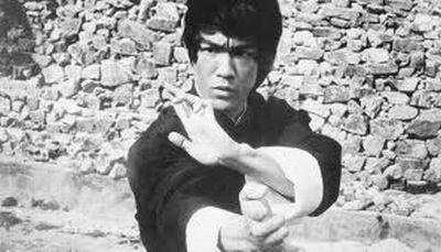 李小龍(Bruce lee 1940~1973)。