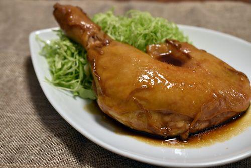骨付き鶏肉の照り焼き