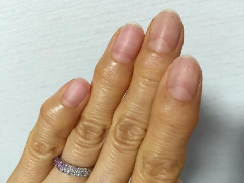 ネイルオフした爪
