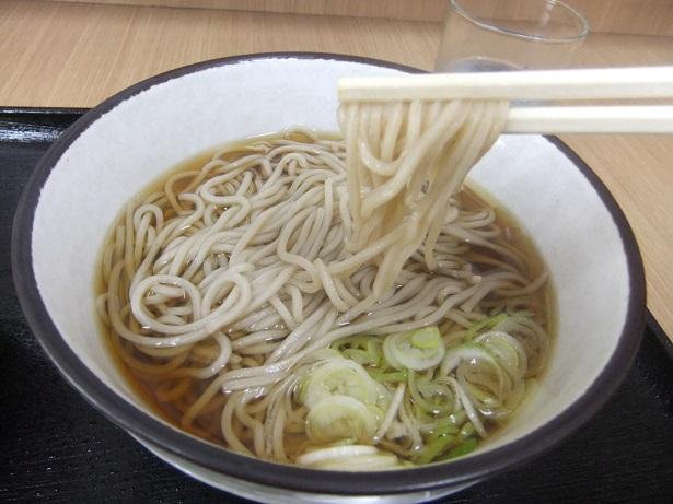 西新井5丁目・なごみのBセット(ミニカレー丼+かけそば)2