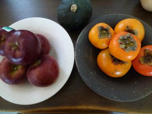 1果物 柿と林檎2500.jpg