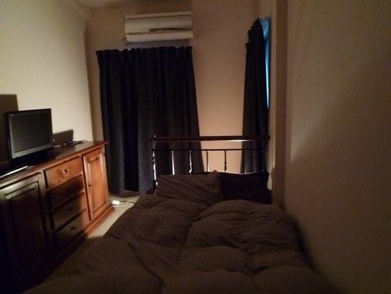 2ベッド 寝室全体0550.jpg