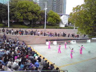 ヨコハマ大道芸2012・中国芸術雑技団3