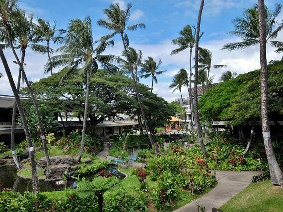 ハワイ ホノルル空港 ガーデン VIP ラウンジ ISSA カード