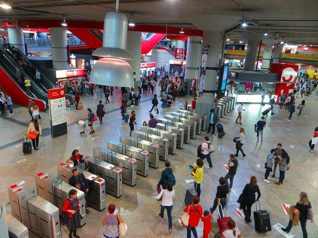 スペインの首都マドリッド「アトーチャ駅」Estación de Atochaとテロ ...