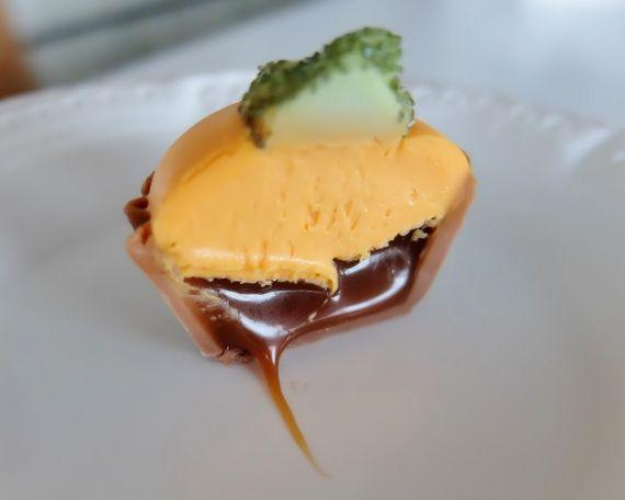 コストコ Costco ハロウィーン チョコレートボックス ベルギー Halloween Chocolates Box ハロウィン スイーツ 新商品 塩キャラメル(Salted Caramel)