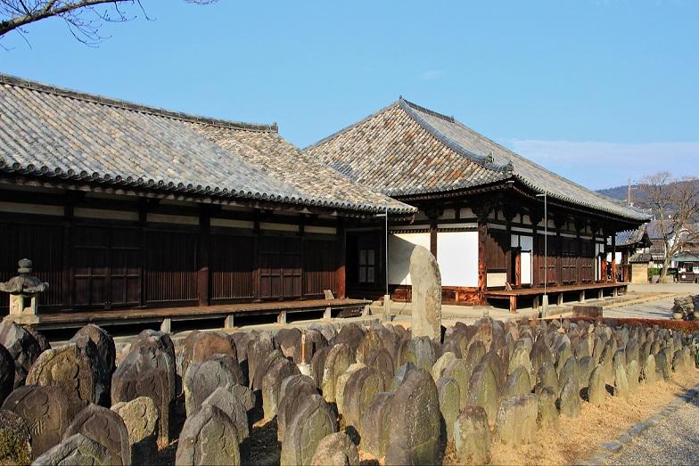 2.日本最古の丸瓦屋根.JPG