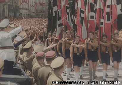 ヒトラーユーゲント ナチス青少年団の全貌 前編・後編 | 三鷹、聞い ...