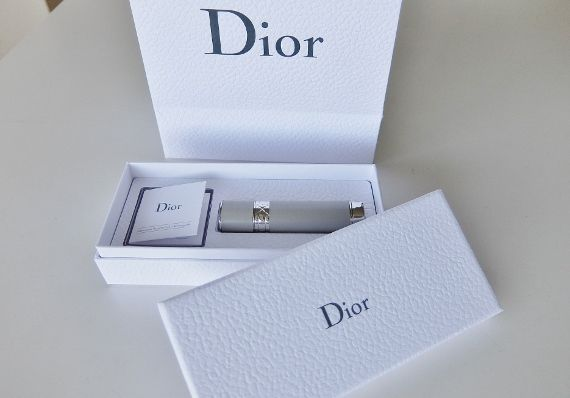Dior クリスチャン・ディオール お誕生日プレゼント バースデーギフト 会員プログラム 2017