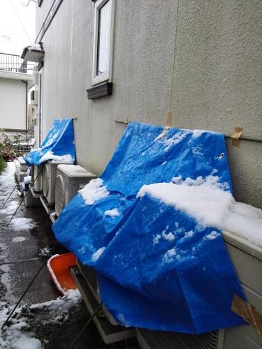 役に立った室外機の簡易防雪カバー