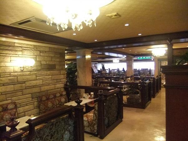 西新井栄町2丁目・喫茶シルビア西新井店の店内1