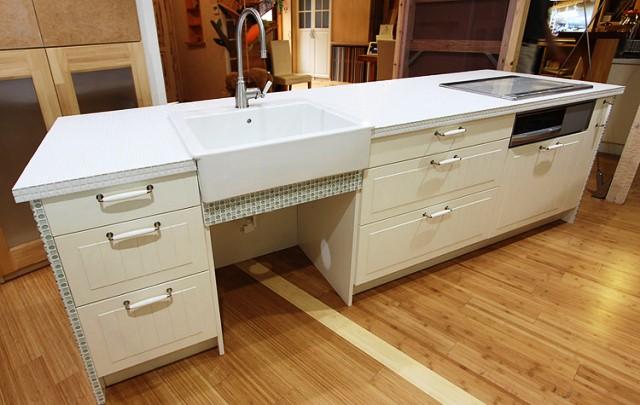 kitchen02[1].jpg