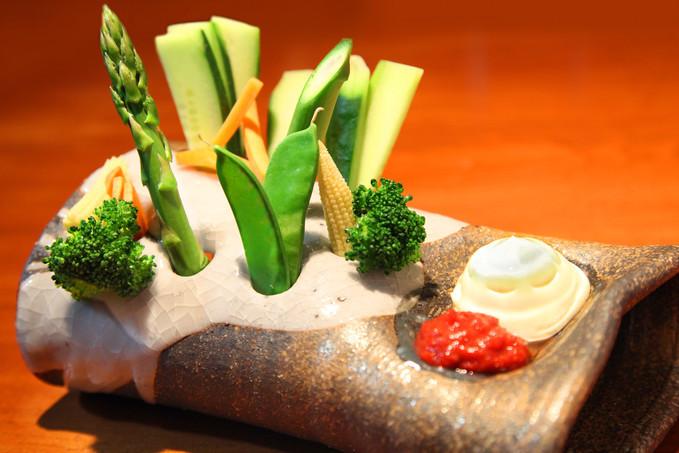 海の恵 憲晴百 野菜スティック用の器に注目