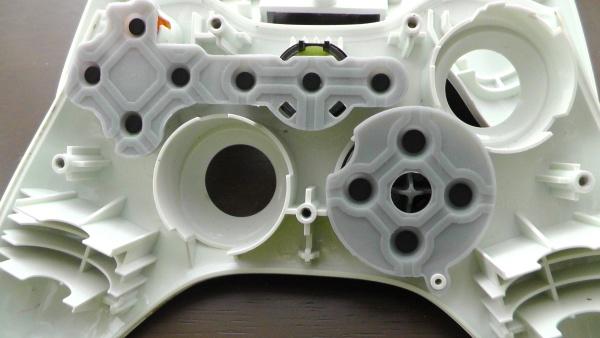 Xbox360 コントローラの十字キーとボタンのゴム