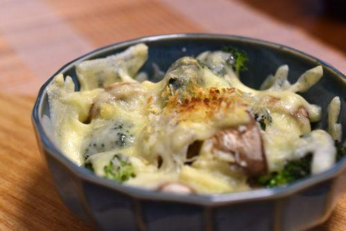 マッシュルームとブロッコリーのチーズ焼き