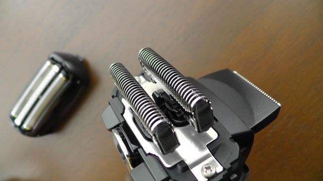パナソニック  ラムダッシュ  3枚刃 ES-ST27-K