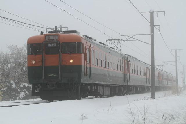 しなの鉄道  桜 .雪 .霧 .169系 国鉄 湘南急行色 6連2
