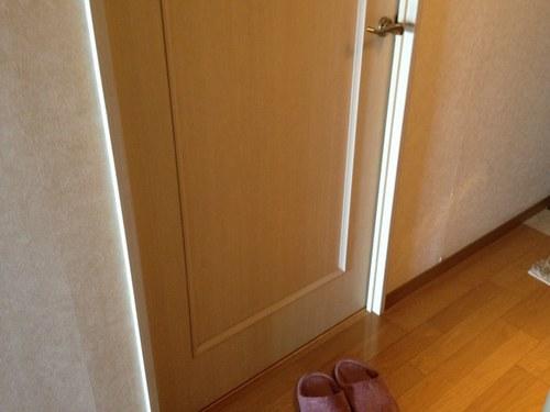 2寝室 ドア2500.jpg
