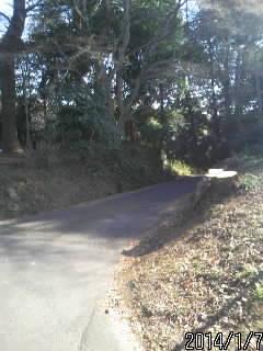 横に抜ける道