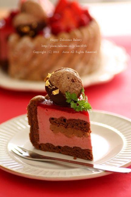 1117クリスマスケーキカット面赤背景 2.jpg