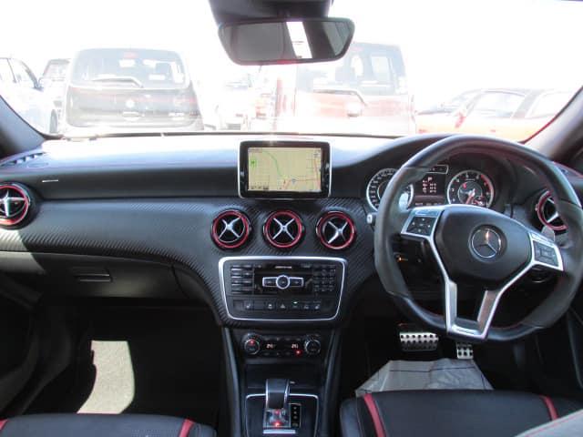 ベンツ A180 ナビ オーディオ 改造 メンテナンス 車検