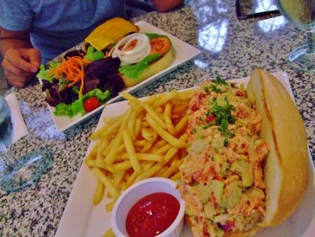 カフェ ジュリア(Cafe Julia) レストラン ハワイ