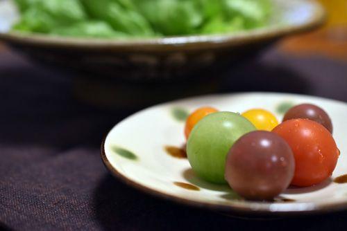 レタスサラダとミニトマト