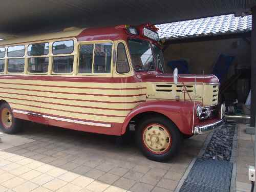 P517ボンネットバス.jpg