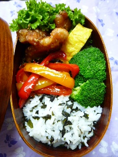 鶏たれ弁当1,5.jpg