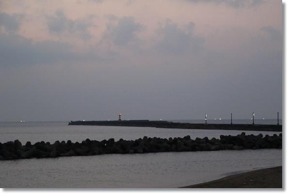 普正寺海岸-13 19:07 15.8.7