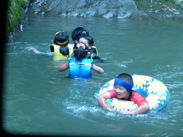 キャンプ川2.jpg
