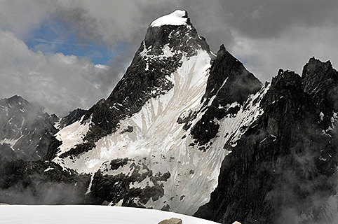 Gorak-Himal-6088m.jpg