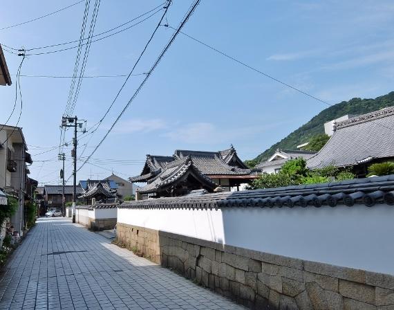 鞆の浦 寺 神 社