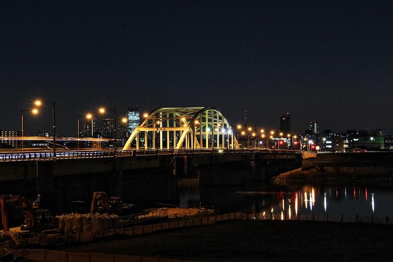 5.夜のコウホク橋.JPG