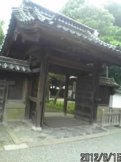 杏壇門の裏
