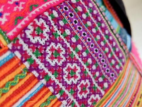 ベトナム 民族 リュック デイバッグ 刺繍 アジア エスニック