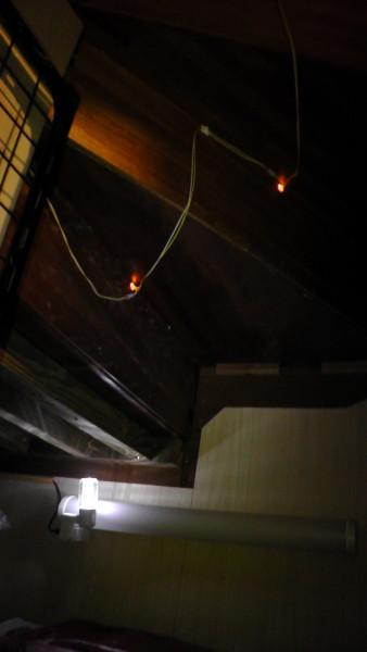階段下収納の照明