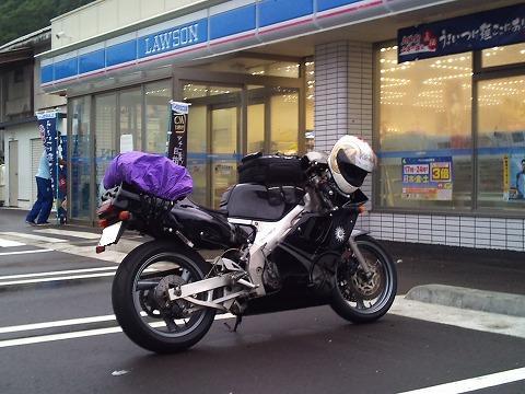 2012.07.14~16 レジェツー 001(コンビニで待ち合わせ)