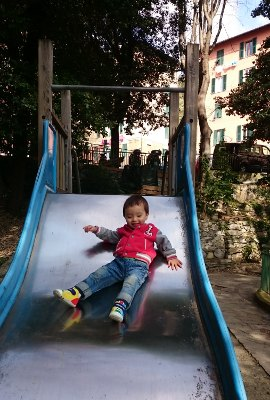 sliding_genova.JPG