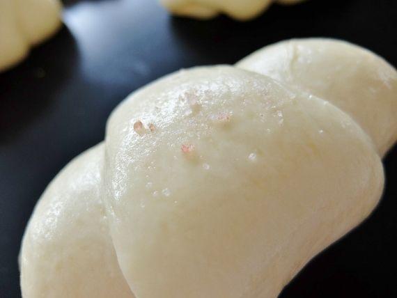 手作りパン カリじゅわ~な塩パン ロールパン