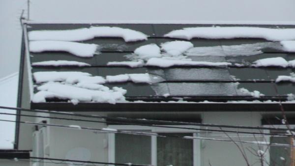 太陽光発電パネル 積雪