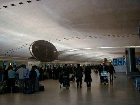 PB250161(空港).jpg