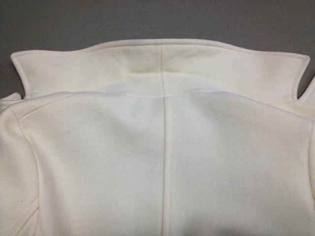白ハーフコート・ワイン・えり・肩 (4)
