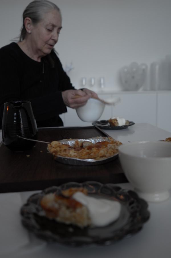 インゲヤードの作品でお茶を頂く。ウマし。