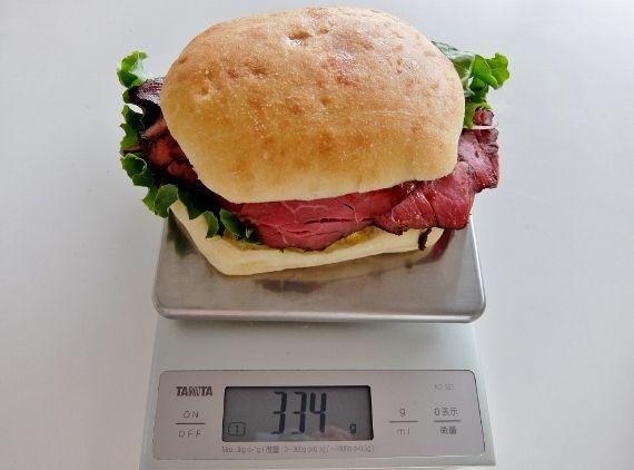コストコ フードコート 期間限定 新商品 ローストビーフサンドイッチ 780円