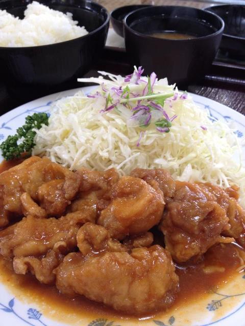 米粉味噌ザンギ定食(藤観光)